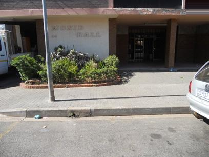 Standard Bank Repossessed 1 Bedroom Apartment for Sale on online auction in Berea - JHB - MR98459