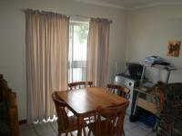 Dining Room - 9 square meters of property in Parrow Valley
